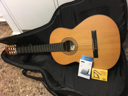 Guitarra Admira Málaga color mate