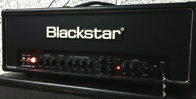 Blackstar HT Stage 100 + Pantalla Blackstar HTV 421A SEMINUEVO