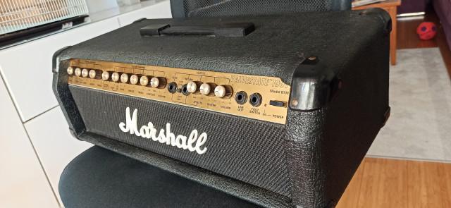Cabezal Marshall Valvestate 8100 y pantalla Marshall.