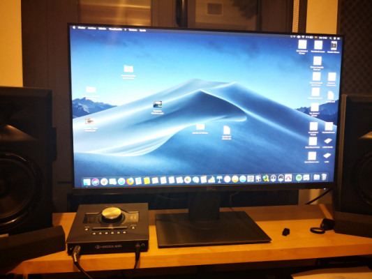"Monitor Dell P2719HC de 27"". FHD y USB tipo C"