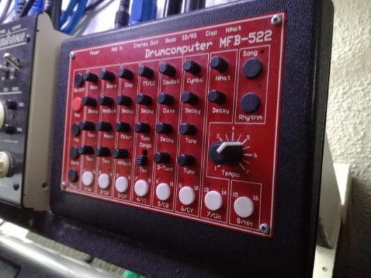 MFB 522 caja de ritmos