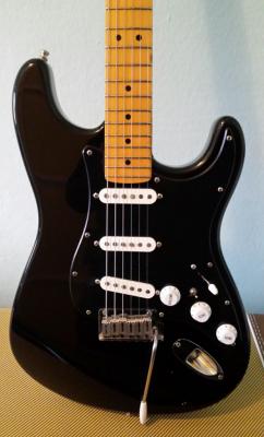 Fender stratocaster usa standard ACEPTO CAMBIOS puestos en descri