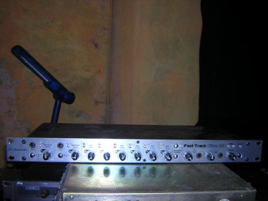 M Audio FAST TRACK Ultra 8R-rebajado