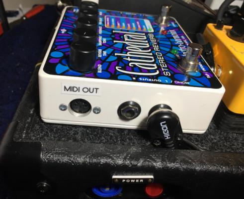 Electro Harmonix Cathedral con modificación MIDI !!!