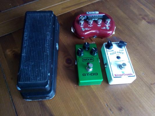 Lote ganga 3 pedales:  Fuzz, Overdrive MXR,   +  pocketPod de regalo