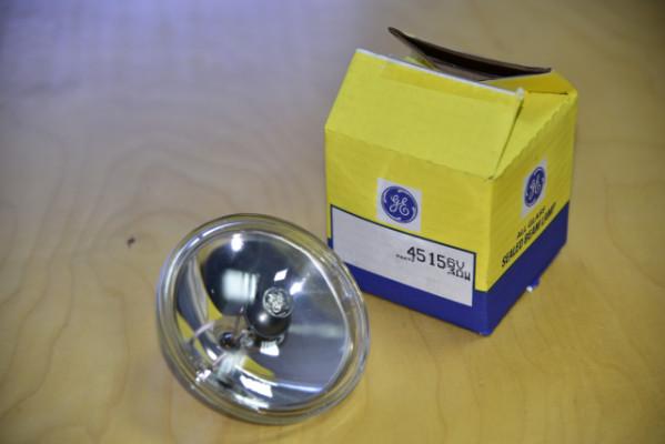 Lámpara halógena General Electric 4515 6V-30W.