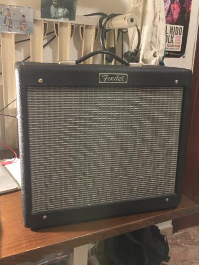 Fender Blues Junior Amplificador
