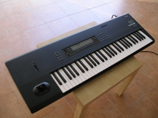 Korg M1 impecable