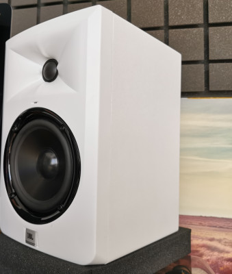 JBL 305 White Edition SE Monitores de campo cercano activos