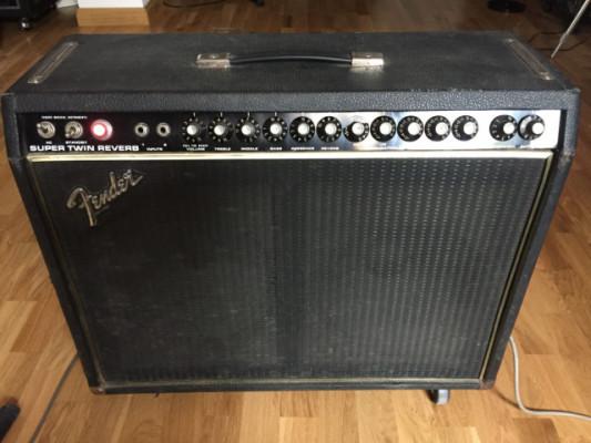 Vintage Fender Super Twin Reverb Black Face