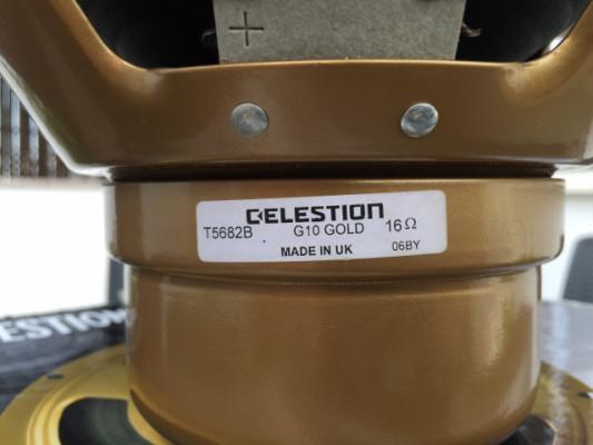 "CELESTION ALNICO GOLD 10"" 16 ohms. Made in UK. Como nuevo. ¡ENVÍO INCLUIDO!"