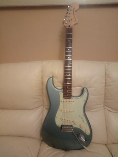 Fender DELUXE ROADHOUSE Stratocaster..