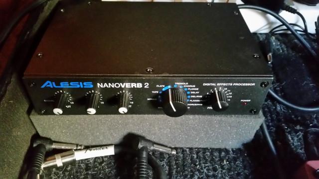 MIni rack Alesis Nanoverb 2