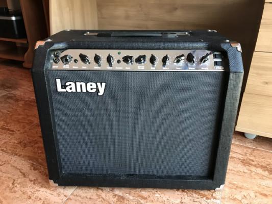 Amplificador Laney LC50-II 50W Válvulas