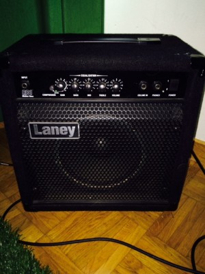 LANEY RB1 COMBO PARA BAJO
