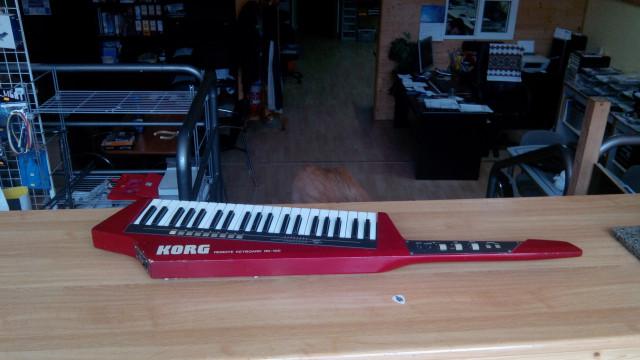 Keytar Korg RK-100 controlador midi