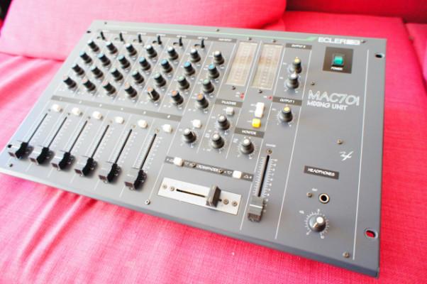 mesa de mezclas Ecler Mac 70i