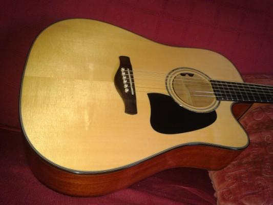 Vendo guitarra electro acústica IBANEZ AW3000 Con estuche SKB