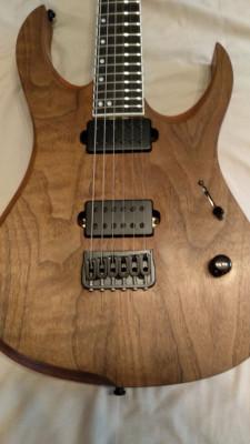 Repintado de guitarra Ran