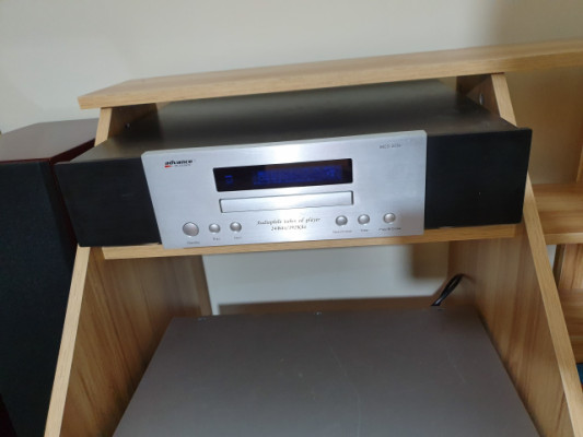 REPRODUCTOR DE CD ADVANCE ACOUSTIC MCD 203 MK2