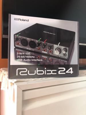 Tarjeta de sonido Roland Rubix 24