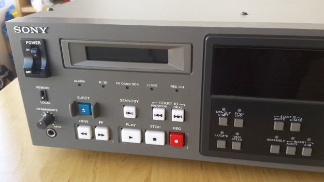 Grabador DAT Sony PCM-7010