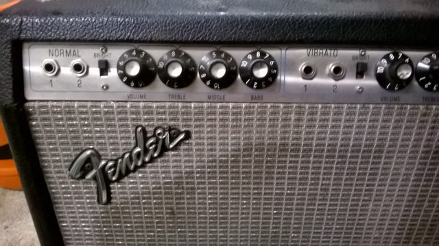 FENDER TWIN REVERB DE 1974