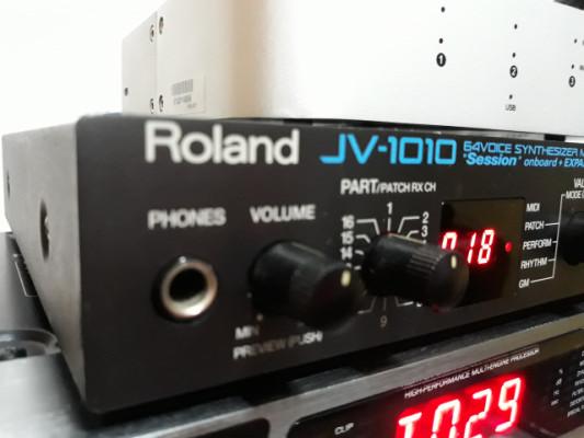 Roland JV-1010 y SR-JV80-04 Vintage Synth VENDIDO!