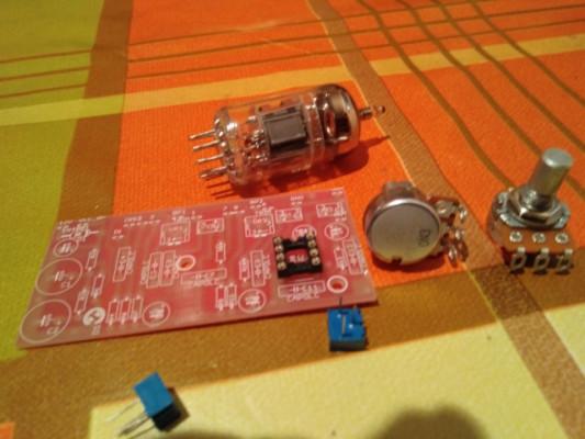 The Tube Cricket kit mini amplificador