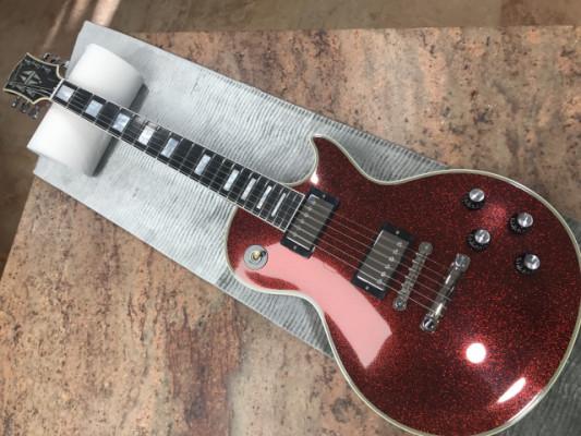 Gibson Custom Shop Les Paul Custom RED SPARKLE limited edition.