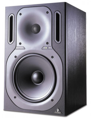 Monitores Behringer Truth B2031
