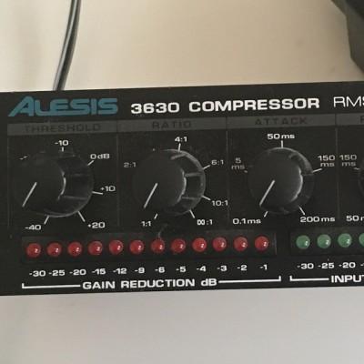 Compresor ALESIS 3630 COMPRESSOR