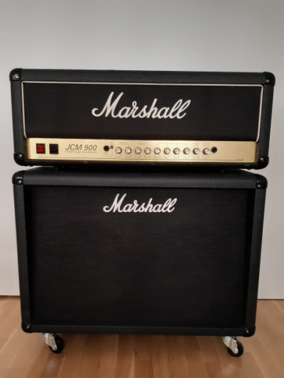 Marshall JCM 900 Hi Gain Dual Reverb + Marshall MC212