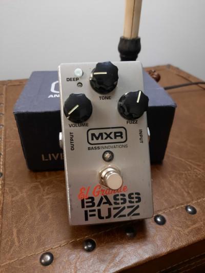 MXR Elgrande bass fuzz