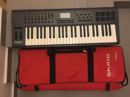 Controlador MIDI M-AUDIO Axiom 49