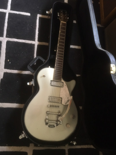 GRETSCH 5435T ELECTROMATIC PRO JET BIGSBY SILVER NO CAMBIOS