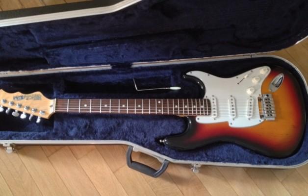 Stratocaster Fret King EU Corona III