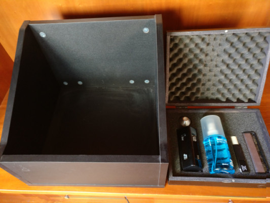 Glorious 100 + Vinyl Box