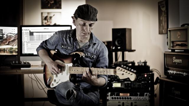 Clases de Guitarra y Armonia Moderna Online (Facturadas y Declaradas)