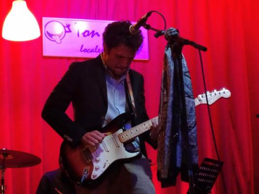 Clases de guitarra online y presenciales (Boadilla del Monte)