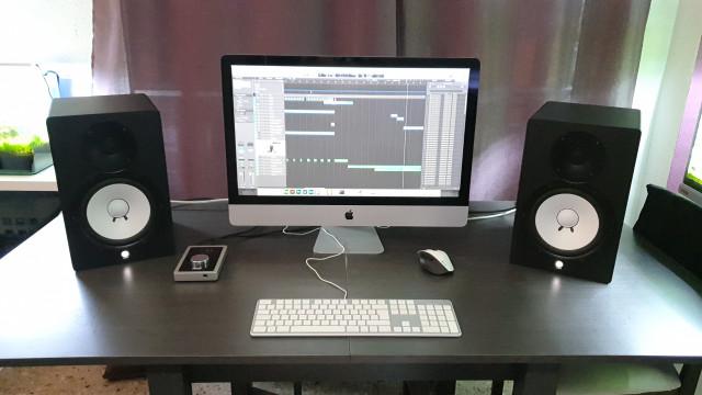 Equipo de producción iMac 27 + Apogee + HS8