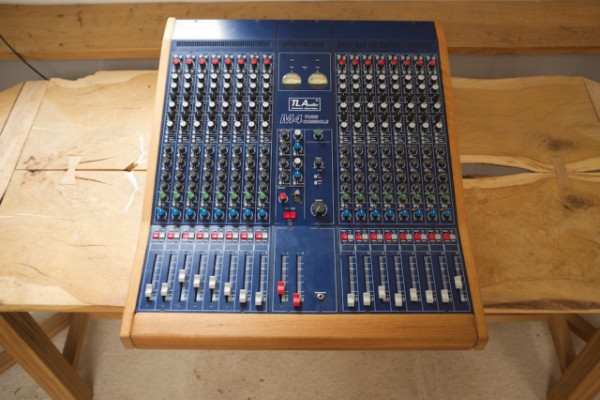 TL Audio M4 consolo 16 canales consola analogica