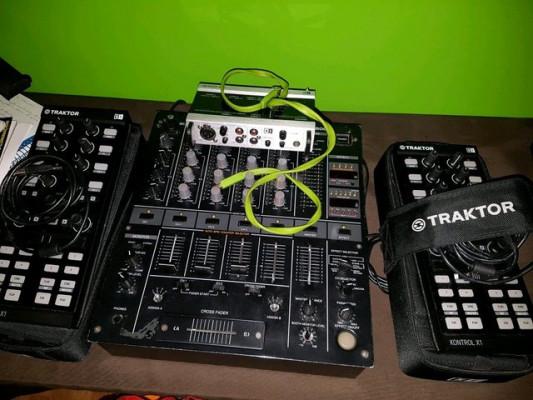 EQUIPO DE DJ TRAKTOR & PIONNER
