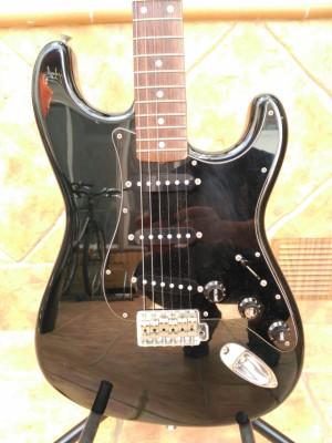 Stratocaster Squier Silver Series (Japonesa)