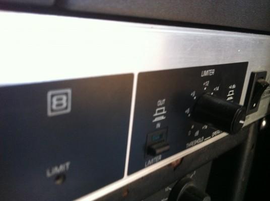 o cambio Limitador 8 canales (2 unidades disponibles)