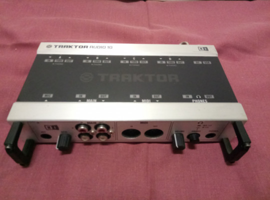 tarjeta sonido traktor audio 10