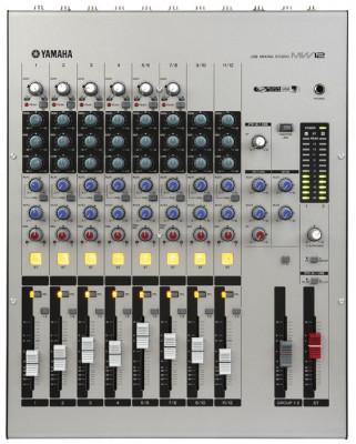 Yamaha MW12 (Mesa de 12 canales)