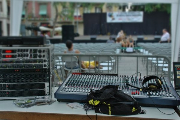 Soundcraft LX7 II 32 canales