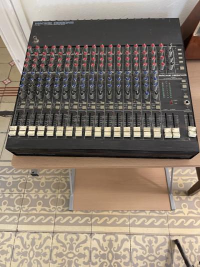 ¡¡Rebajado por Mudanza!! Mesa Mezcla profesional Mackie Design CR1604