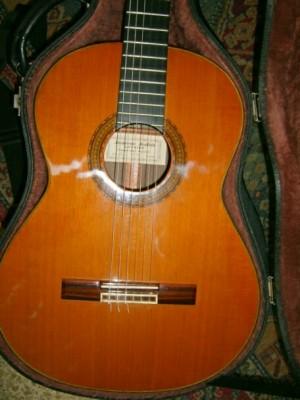 Guitarra luthier Jaime Juliá. Alhambra.